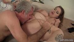 Hot Plumper Busty Emma Spreads for Grandpa Thumb