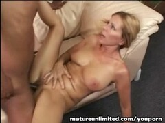 Mature mom enjoy in rough bondage sex Thumb
