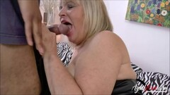 Adulterous british milf lady sonia displays her monster boobi Thumb