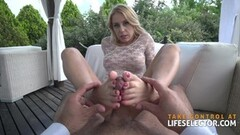 Alluring babe blows and gets fucked hard Thumb