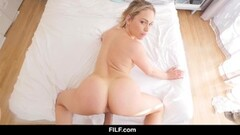Mia Malkova sexy welcome for her stepbrother Thumb