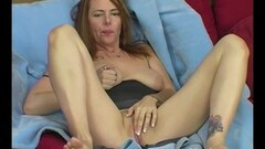Brunette Pretty Pleads Cums Just For Us Thumb