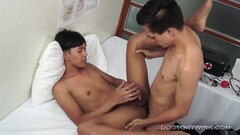 12 Nasty Girls Masturbating, Scene 9 Thumb