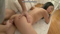 Baby Cakes & Delotta share a big cock! Thumb