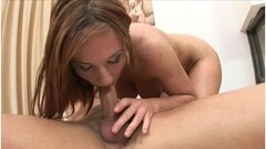 Masturbating hottie Lexi Luna Thumb