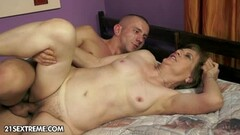 Alison Faye Strips To Shower And Then Starts Playing With Herself Thumb
