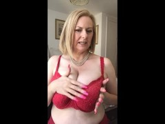 Annabel's and the bra that's too small Thumb