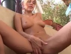 big tits and hot weather Thumb