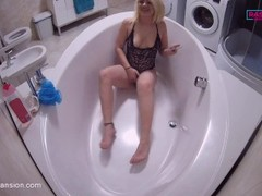 Sexy Blond girl masturbating in bath tub Thumb