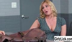 Hot Lawyer gives her client a sweet eating pussy Thumb