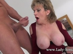 UK MILF rides sybian and sucks a huge cock Thumb
