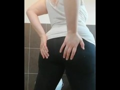 standing double penetration anal plug and huge dildo hairy pussy pissing Thumb