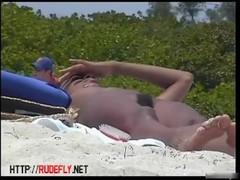 Gorgeous brazilian chicks beach voyeur vid Thumb