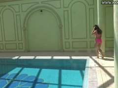 Hot Russian Jessica Lincoln in the pool Thumb