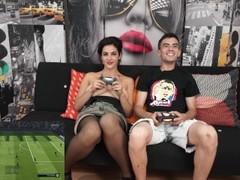 Strip Gameplay Fifa18: Claudia Sevilla - Jordi ENP Thumb