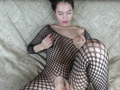 I make big juicy squirts! - Squirting, gagging, ass to mouth, and anal Thumb