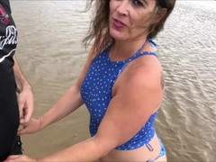 Blowjob and creampie on the beach Thumb