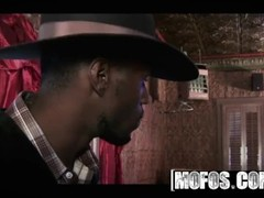 MOFOS - Darla Crane, Veronica Avluv  - The Good, The Black, And The Horny, interracial threesome Thumb