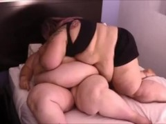 ssbbw make out Thumb