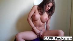 Capri Cavanni masturbates Thumb