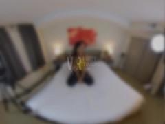 Amateur VR Porn Elle Voneva Thumb