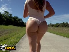 BANGBROS - J-MAC GOES TO TOWN ON JULIANNA VEGA'S BIG LATIN BOOTY Thumb