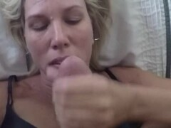 Handjob and facial in amateur deutsche mom from forsex.eu Thumb